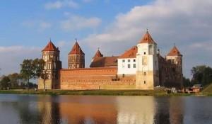 Самая главная достопримечательность Беларуси располагается в небольшом городке Мир