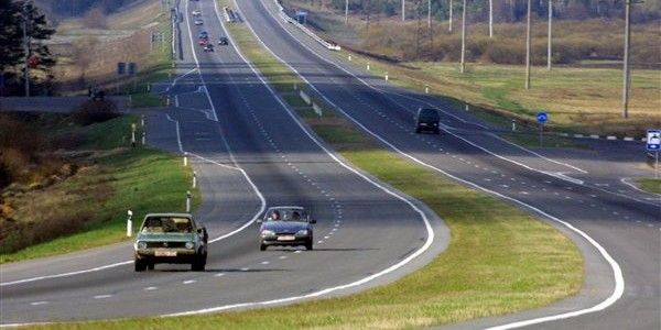 Дороги в Беларусии четко разделяются на две категории: хорошие и очень хорошие.