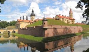 Несвижский замок – это один из самых красивых и интересных с туристической точки зрения, дворцово-замковых комплексов Беларуси.